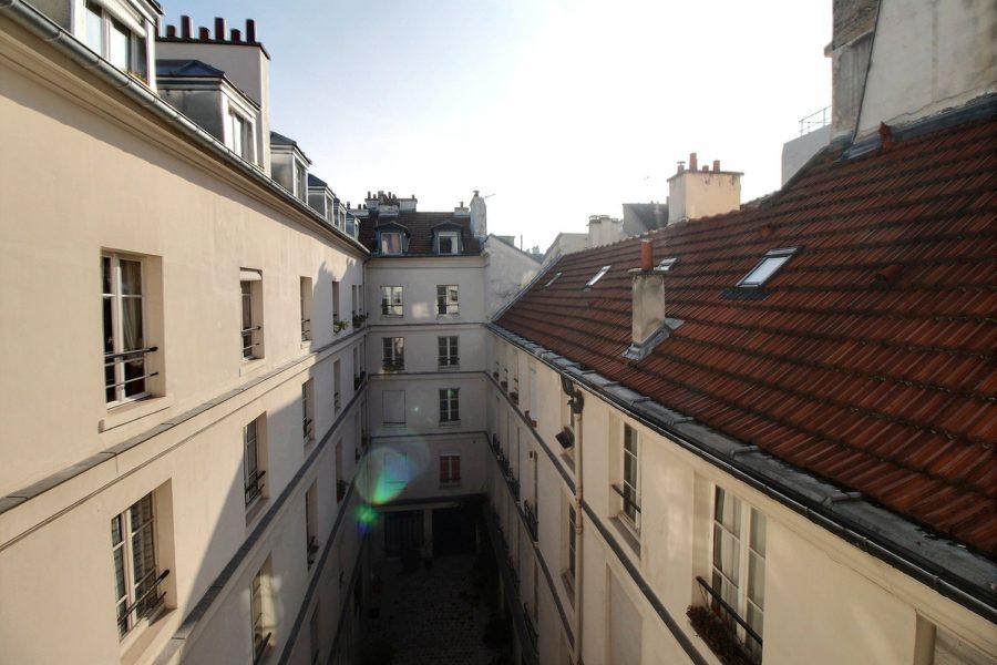 enaparte-ref126-photo-3p-Paris-rue-du-bourg-tibourg_11
